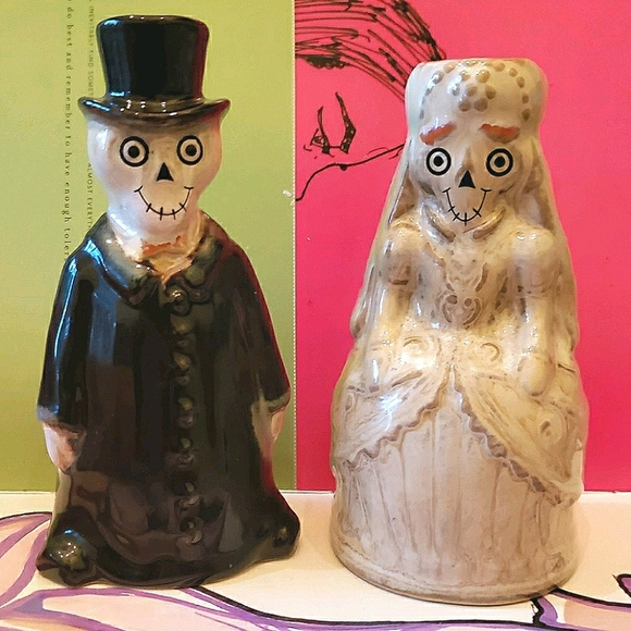 Skeleton Set Bride and Groom Boney Bunch EUC